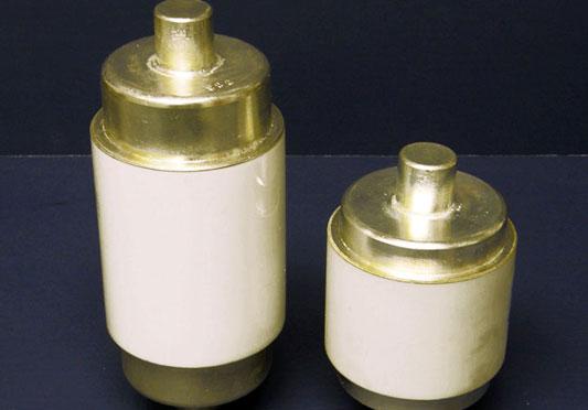 Fixed Vacuum Capacitors